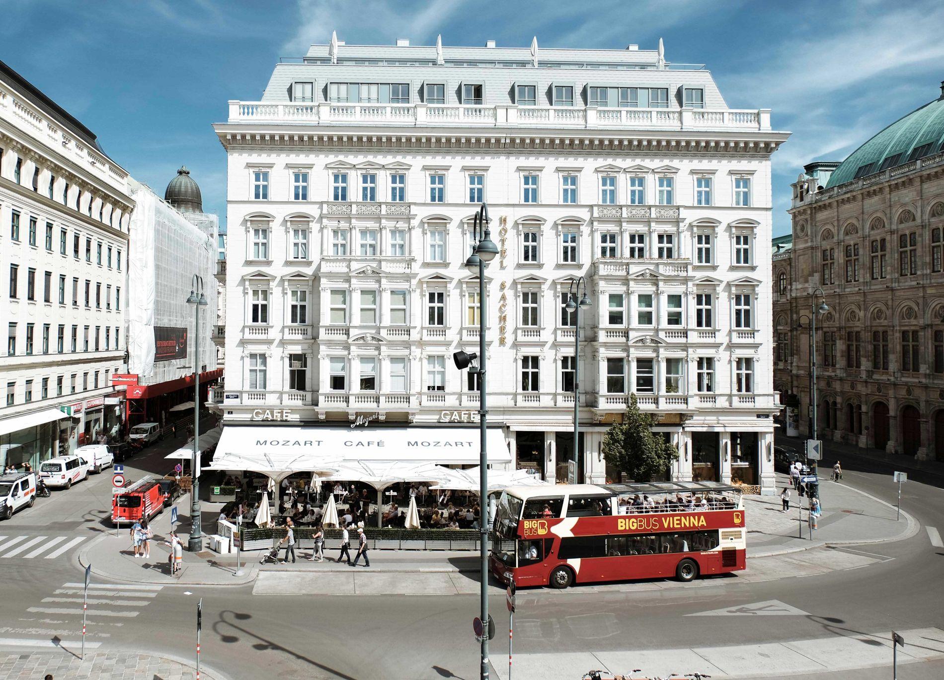 Wo Oper und Ober nicht so weit auseinander liegen... - Café Mozart